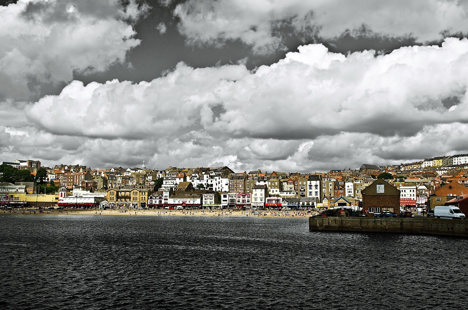 נדל״ן בצפון אנגליה: מדריך להערכת שווי הדירה